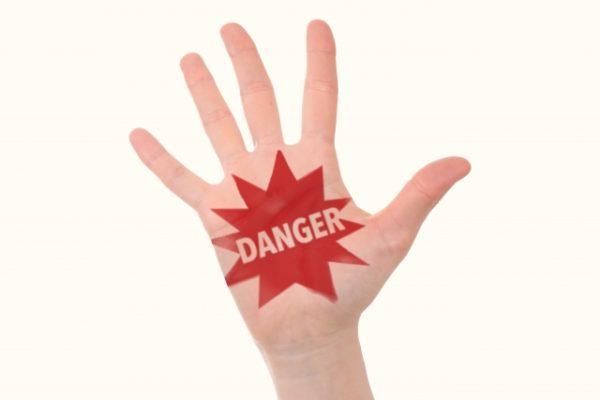 クレジットカード現金化のリスク・危険性