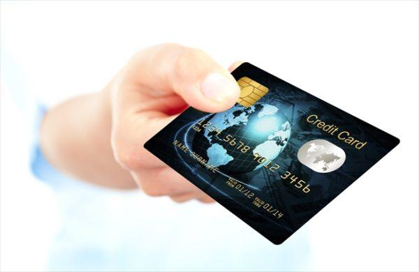 【クレジットカード現金化の特徴】~消費者金融と何が違う?~